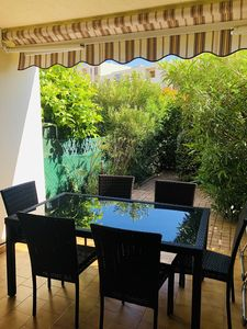 Photo for Nice T3 in rez of garden with terraces, parking
