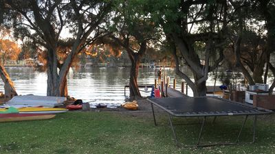 Photo for North Yunderup river front cottage on the Murray River 3 bedrooms.