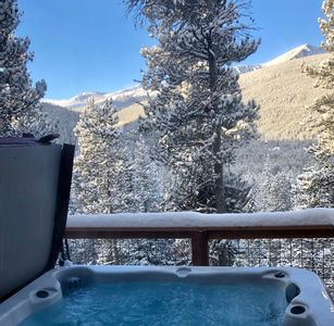 Photo for Breathtaking view @10,300ft 3bed/2bath