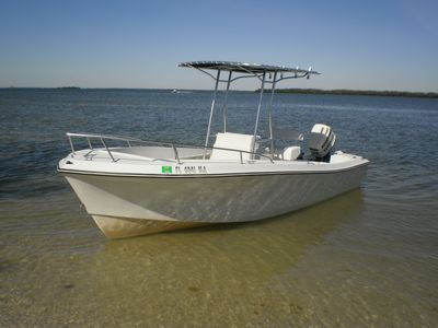 24' centre console t-top boat available for rental