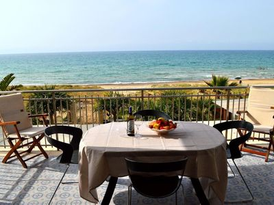 Photo for Golfo Beach apartment in Alcamo with WiFi, integrated air conditioning, private parking & balcony.