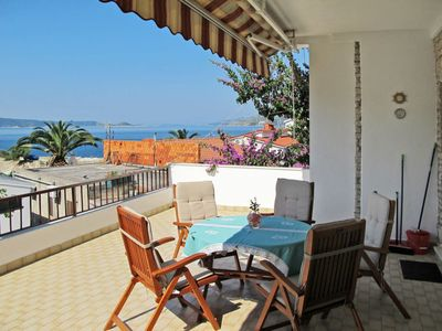 Photo for 2 bedroom Apartment, sleeps 6 in Okrug Donji with Air Con and WiFi