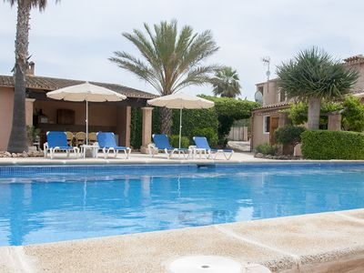 Photo for Typical Majorcan finca with pool, wireless, garden, barbecue and heating