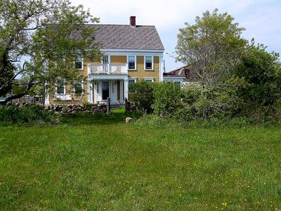 1840's farmhouse surrounded by a 100 acres-GREAT FOR FAMILY REUNIONS