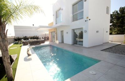 Photo for Luxury villa with private pool and outdoor kitchen