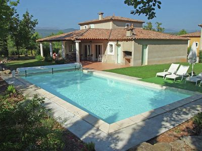 Photo for Stylish villa with private pool, charging station and air conditioning in holiday park near Fayence.