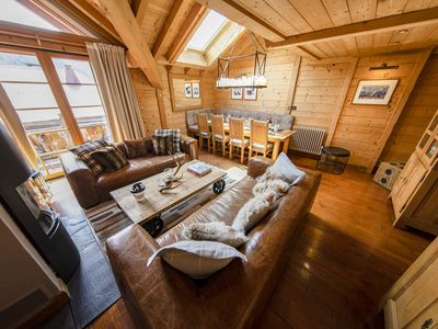 Photo for Cosy townhouse apartment in the centre of Morzine