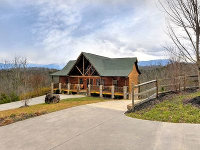 Photo for With views and a serene setting, this cabin is near the heart of Pigeon Forge