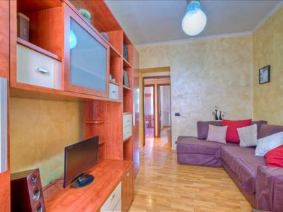 Photo for Effetti apartment in Appio Latino with WiFi, balcony & lift.