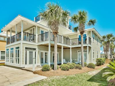 Photo for Luxury 7 BR Across from Beach,Private Pool,Gulf Views,Pool Table,Ping Pong Table