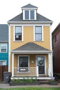 Photo for HEART OF DOWNTOWN, BACKYARD, PRIVATE 2 CAR GARAGE, SLEEPS 6!