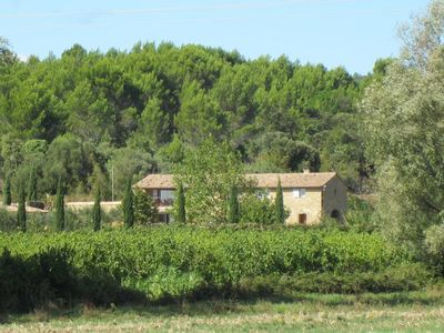 Photo for provencal farmhouse in nature and vineyards with a garden of 5000m