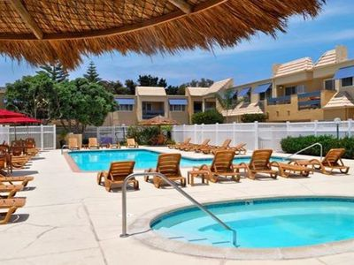 Sand Pebbles Resort - Only 1 block from the beach!  Studio room - Book now!
