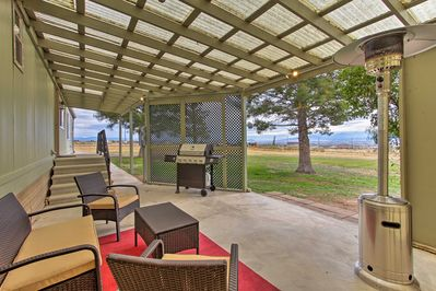 Relax at home and enjoy an evening barbecuing with your group.