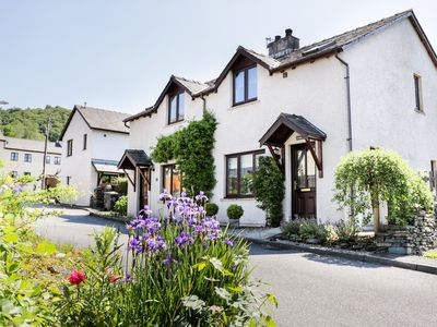 Photo for GRIMBLES COTTAGE, family friendly in Backbarrow, Ref 996179