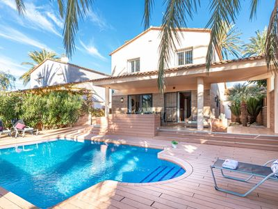 Photo for Simplistic Villa in Empuriabrava with Private Pool