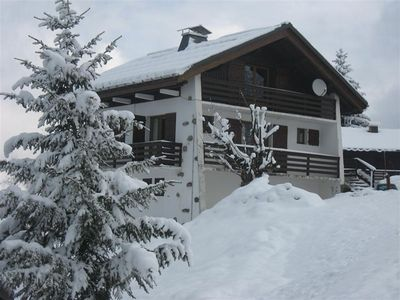 Photo for Chalet 8 people, spacious, full SOUTH, return on skis