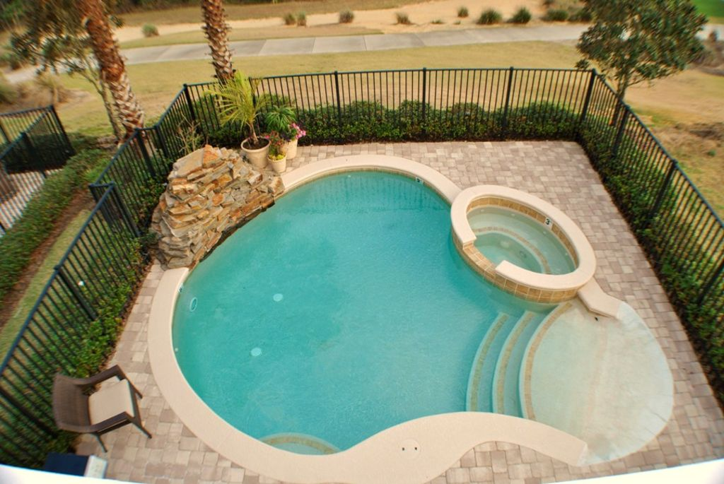 4 Ensuites,Free wifi, Onsite Waterpark, Lounge, Spa and No Rear Neighbors!