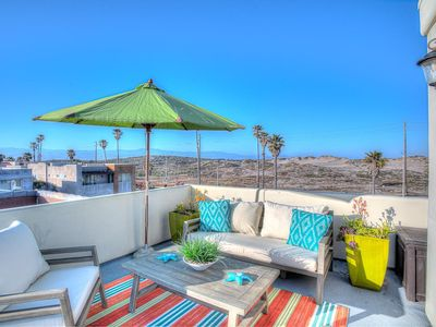 Photo for 4BR w/ Rooftop Deck, Steps to Shore
