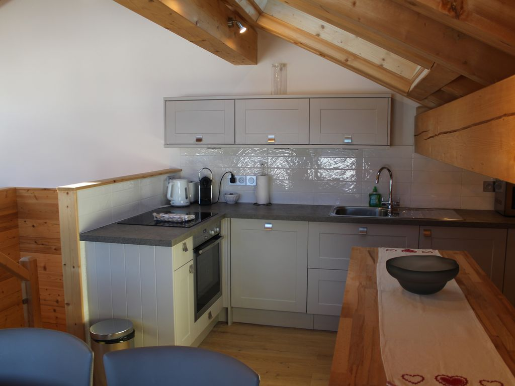 Chalet Vallon, : Recently renovated chalet just 5 minutes from ...