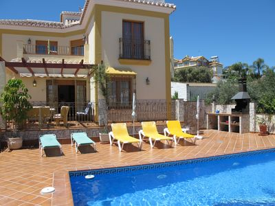 Photo for Exclusive villa with private pool and sea views in Nerja, 4 bedrooms