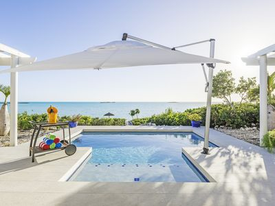Photo for Luxury 4-Bedroom Beachfront House With Brilliant Views