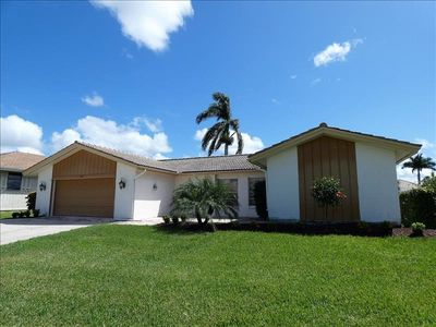 Photo for 225 Angler Ct: 3 Bedroom, 3 Bathroom waterfront home