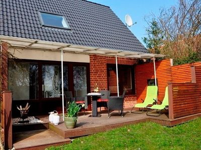 Photo for Apartment / app. for 3 guests with 50m² in Fehmarn OT New Depth (17933)