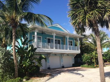 Search 733 holiday rentals