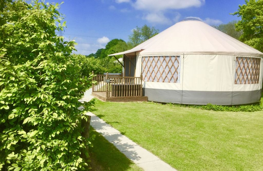 Oak Yurt is a high quality luxury yurt with large windows, French doors and  a beautiful clear dome  - East Hoathly with Halland