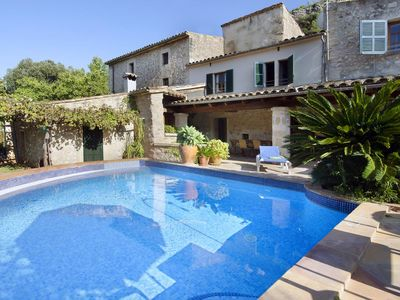 Photo for 3 bedroom Villa, sleeps 6 in Pollença with Pool and WiFi