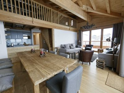 Photo for Residence Miravidi-Bellecombe-Des boutique apartments at the top of the Alps