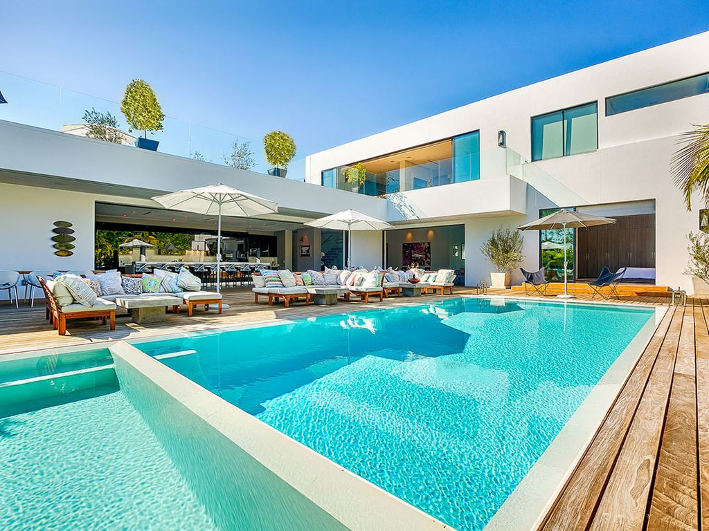 Superior Amazing Beverly Hills Home For 14 Guests With Pool, Hot Tub And Sun Deck.  The Flats Villa Rental