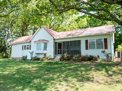 Photo for 2BR Cottage Vacation Rental in Greenville, South Carolina