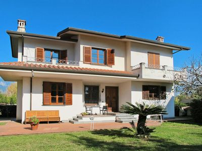 Photo for Vacation home Casa Marina (MAS105) in Marina di Massa - 5 persons, 3 bedrooms