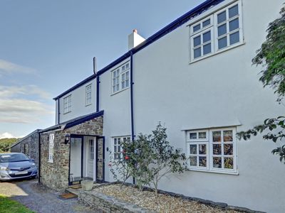 Photo for Holiday home with spacious garden nearby the beach in Instow