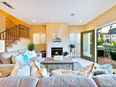 20% OFF APR! Beautiful Beach Home w/ Rooftop Deck + Walk to Water