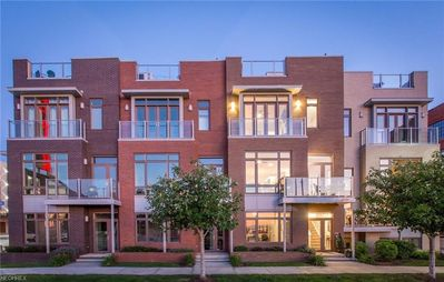 Photo for Stunning townhome with soaring lake and city views in an amazing location.
