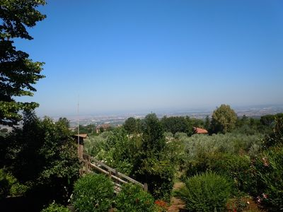 Photo for A magnificent view of the Castelli of Rome in the quiet of an apartment in the villa