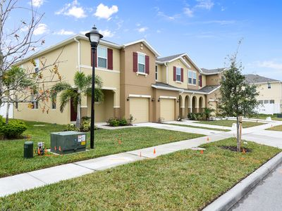 Photo for Family Friendly 4 Bedrooms close to Disney in Orlando Area 5128K
