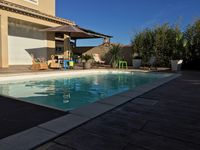 Beautiful property, quiet location but close to Pezenas. Really enjoyed our stay. Highly recommend.