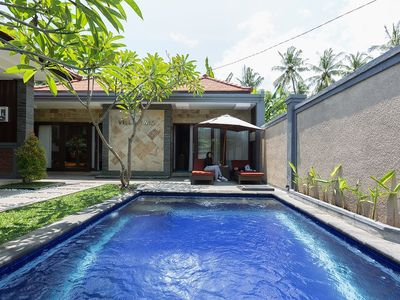 Photo for Lovina Villa 2 rooms with private pool