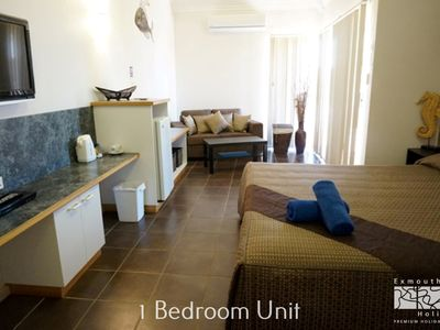 Photo for Osprey Holiday Village Unit 213/1 Bedroom - Spa bath, king size bed, perfect for any couple