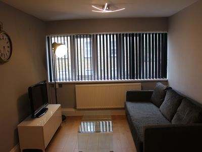 Photo for 1 bedroom apartmnent bethanl Green London Zone 2