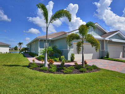 Photo for Wonderful 2BD + Den Villa in Naples Reserve just 10 min from downtown Old Naples
