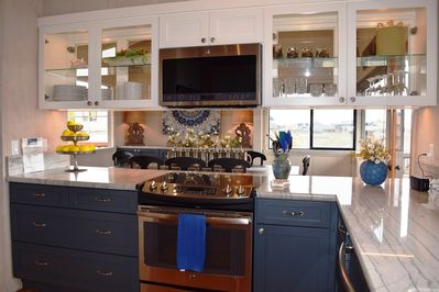 Fully equipped gorgeous kitchen!