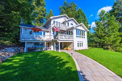 Stunning 3 story lakefront villa - perfect for making memories with family/friends.