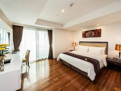 Photo for Exquisite 1 Bedroom Beautiful Bangkok