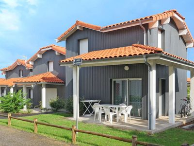 Photo for 2 bedroom Villa, sleeps 6 with Pool, FREE WiFi and Walk to Beach & Shops