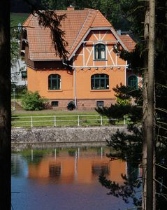 "Photo for Apartment ""Haus am See"" Old Tambacher dam for 2-4 persons"